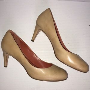 Cole Haan Nike air round toe pumps heels